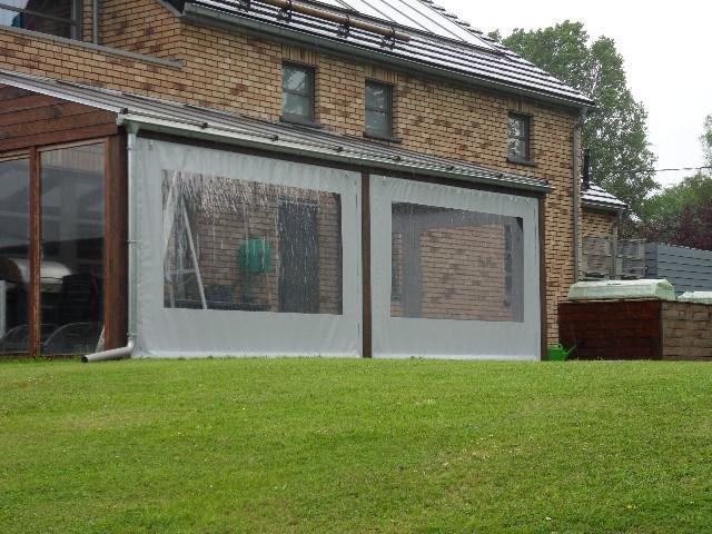 bche pour fermer une terrasse par mauvais temps with auvent de terrasse en toile with comment fermer sa terrasse